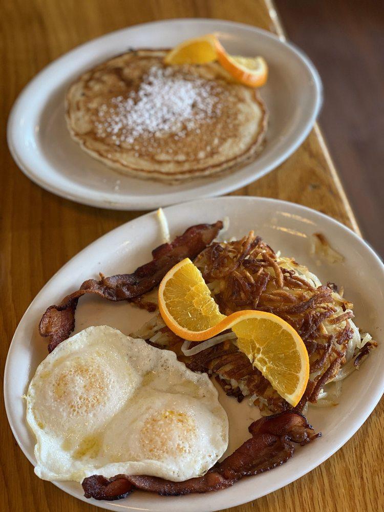 Silver Fork Lodge & Restaurant: 11332 E Big Cottonwood Canyon Rd, Brighton, UT