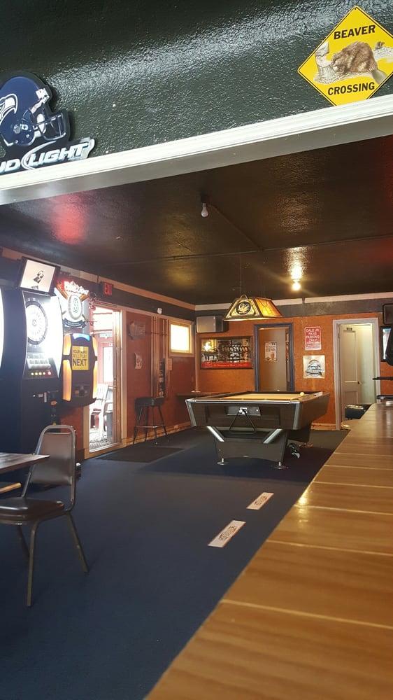 Woodshed Bar & Grill: 23698 WA-3, Belfair, WA