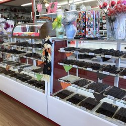 Kelly's Kandy & Nuts - 15 Photos - Candy Stores - 312