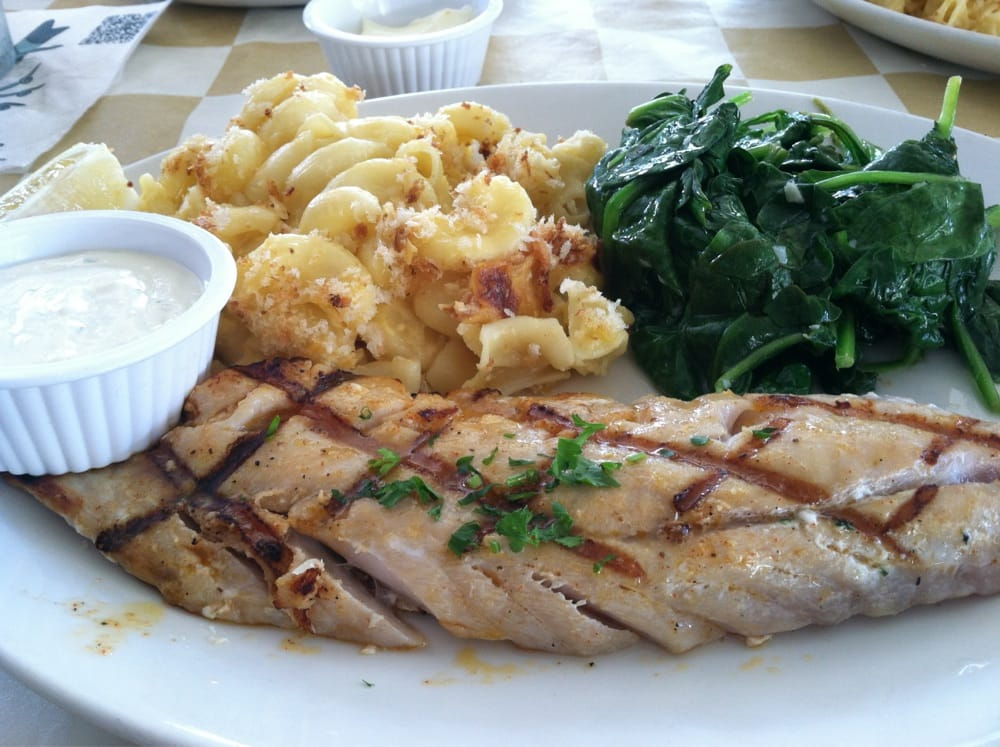 Rockfish with saut ed spinach and mac and cheese yelp for King s fish house rancho cucamonga