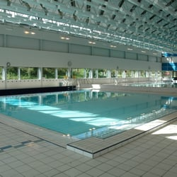 Piscine saint nicolas piscines boulevard jourdan for Piscine laval 53