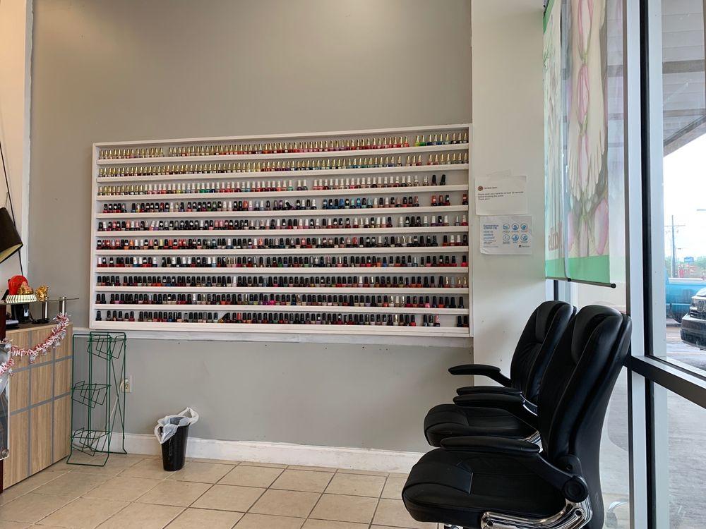 Nail Studio: 28050 Walker Rd S, Walker, LA