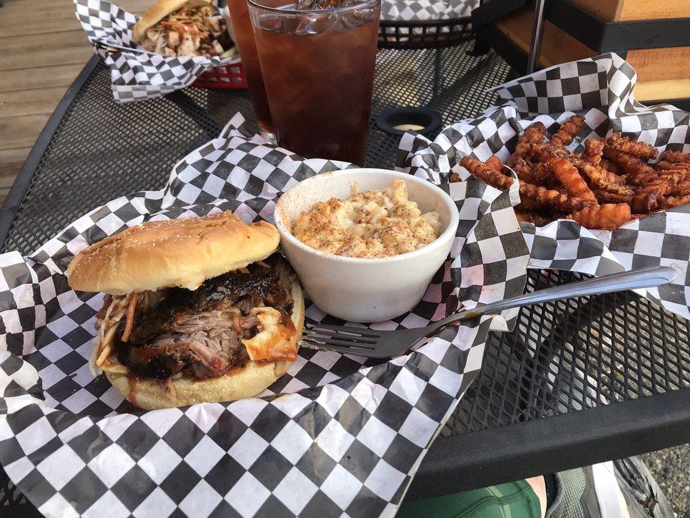 Smokey's Bar-B-Que: 801 Milwaukee Rd, South Cle Elum, WA