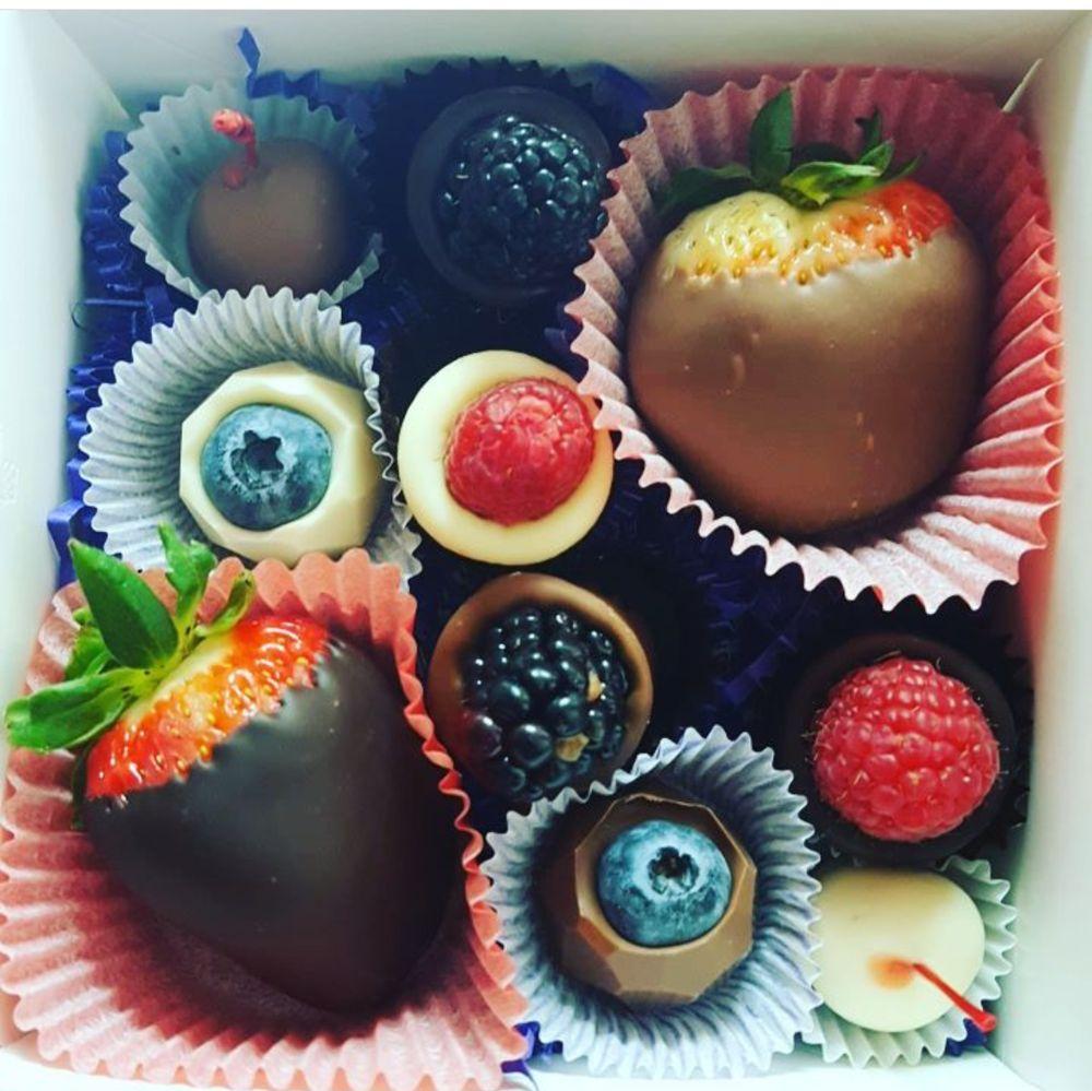 it looks beautiful and tastes just as wonderful! - Yelp