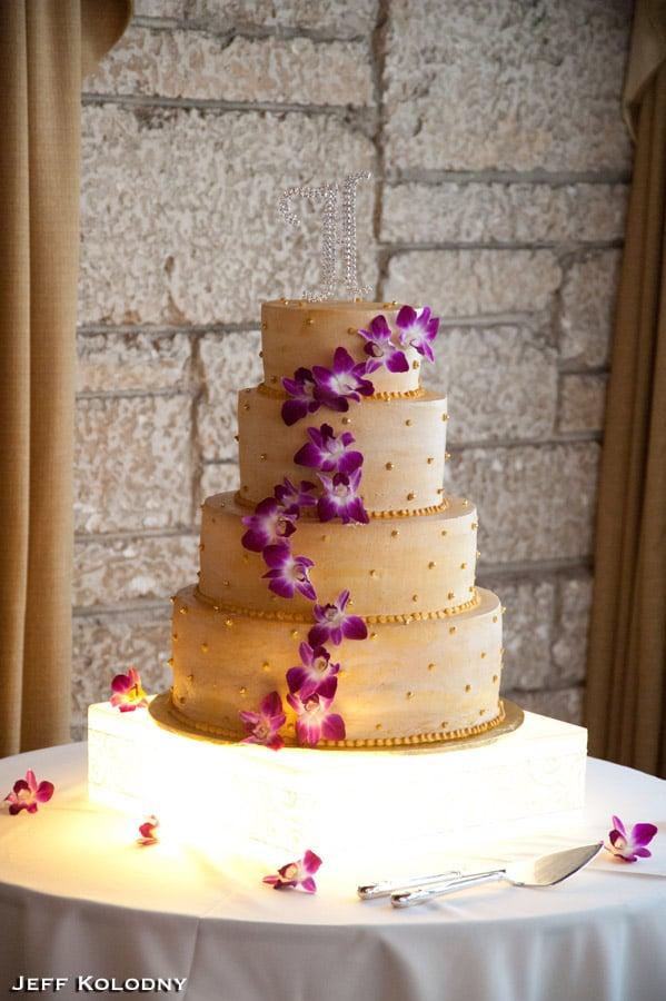 wedding cake yelp. Black Bedroom Furniture Sets. Home Design Ideas