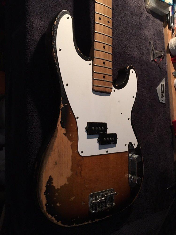 Hensley Custom Guitars and Repairs: Santa Clarita, CA