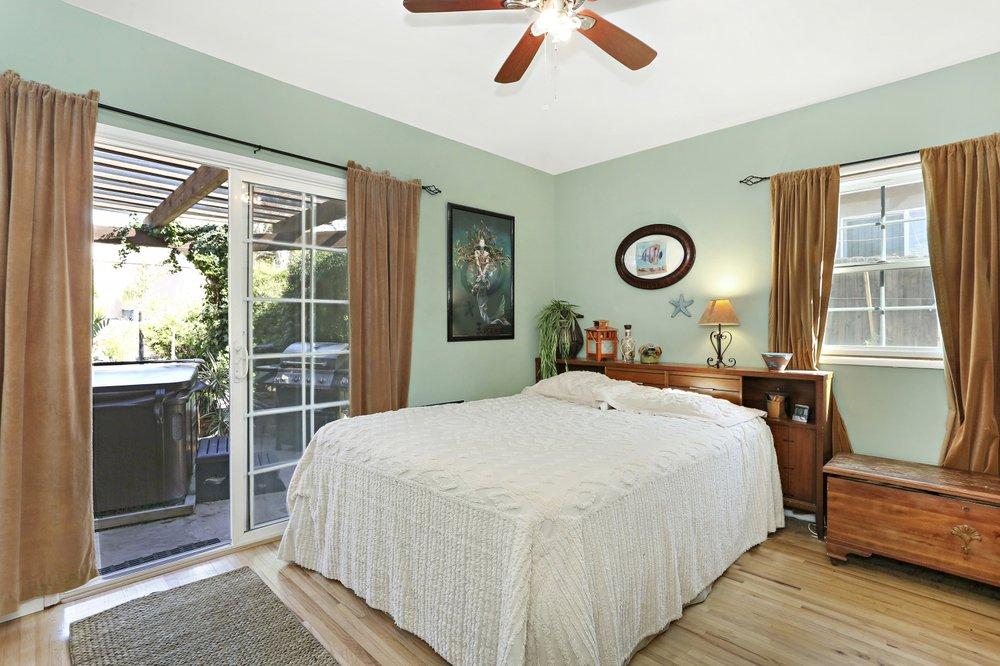 Margaret Cashion - Hills of LA