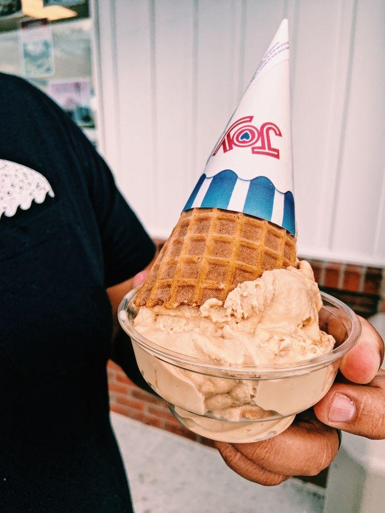 Handel's Homemade Ice Cream: 902 N State Rd 135, Greenwood, IN