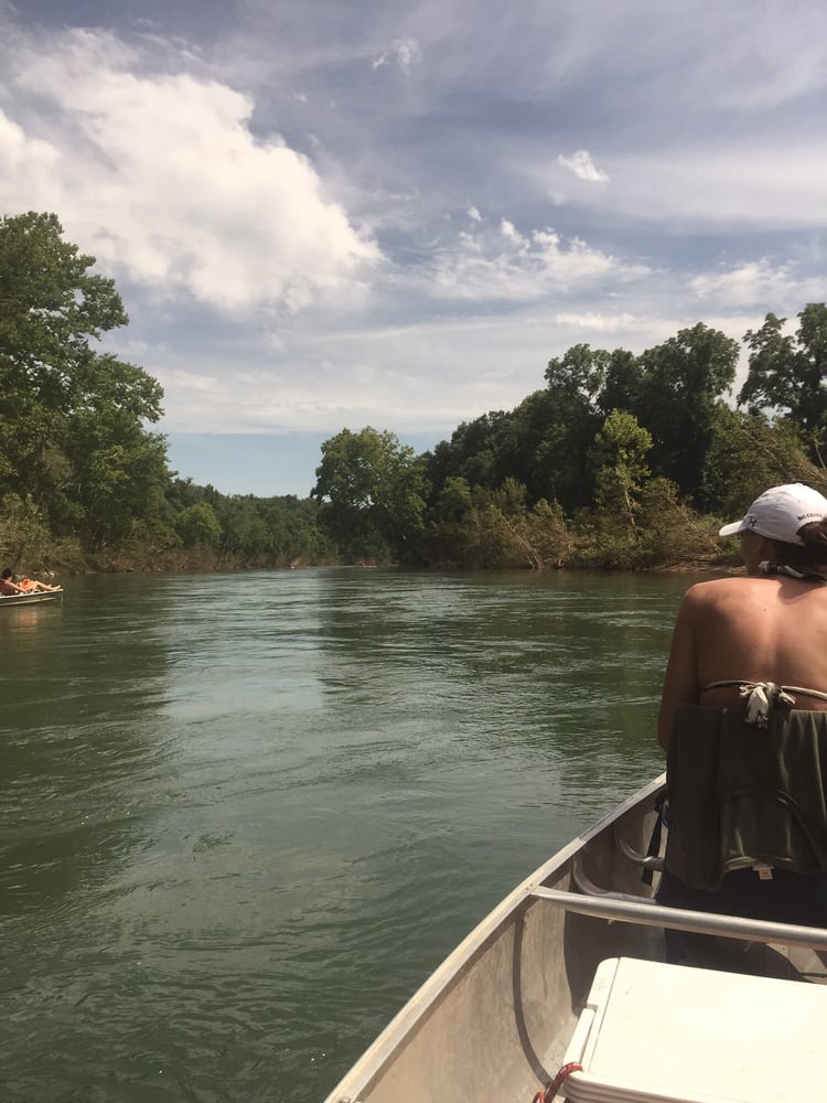 James River Outfitters: 110 Y Bridge Blvd, Galena, MO