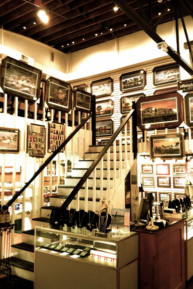 Classic Charleston Gifts & Gallery