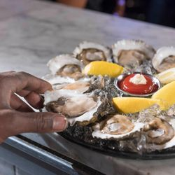 2 Acme Oyster House