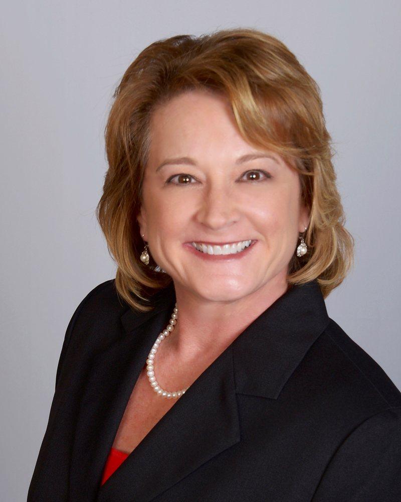Farmers Insurance - Roxanne Swierc: 904 Memorial Pkwy, Portland, TX