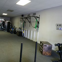 The garage fitness & training facility gyms 32669 warren rd