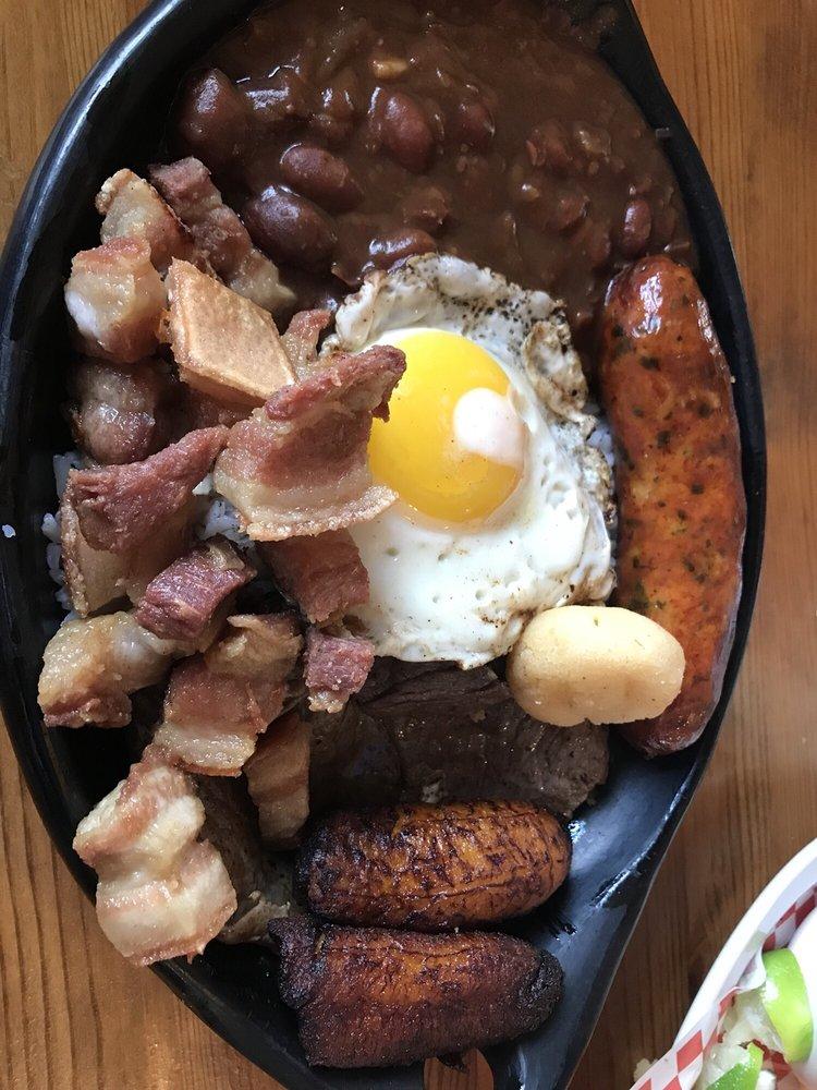 Melaos DC Cocina & Bar