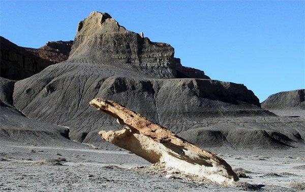 Vermilion Cliffs and Chinle Badlands: Big Water, UT