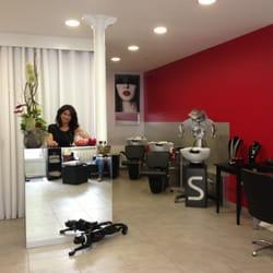 Le salon de coiffure hair salons 34 avenue parmentier for Best hair salons in paris