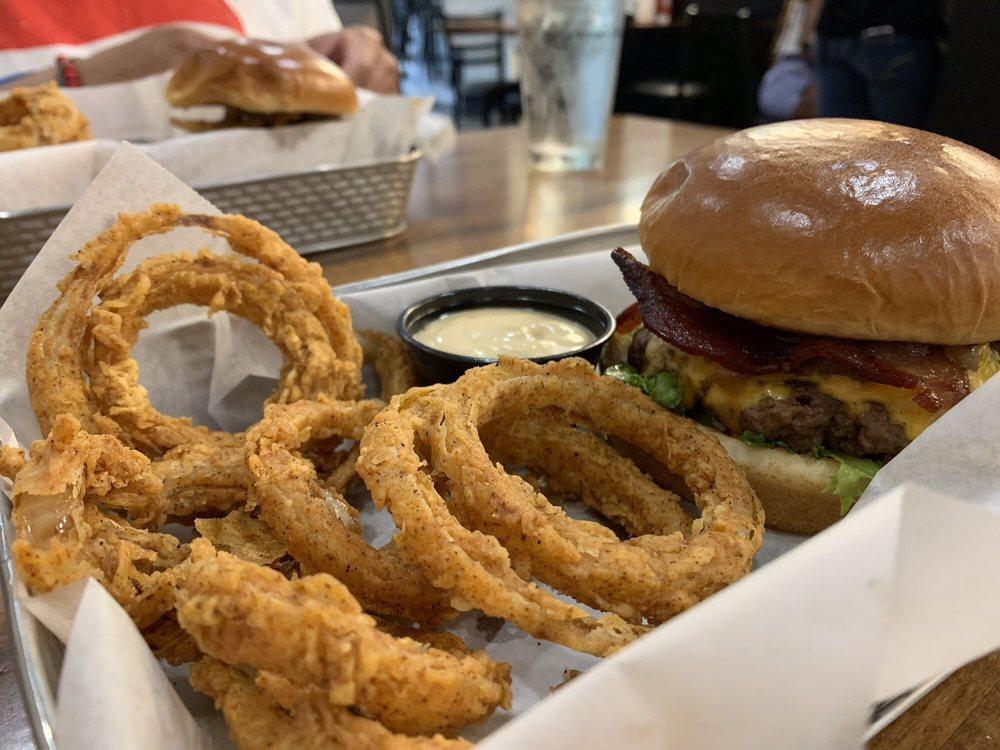 Barley & Burger: 2921 Zebulon Rd, Rocky Mount, NC