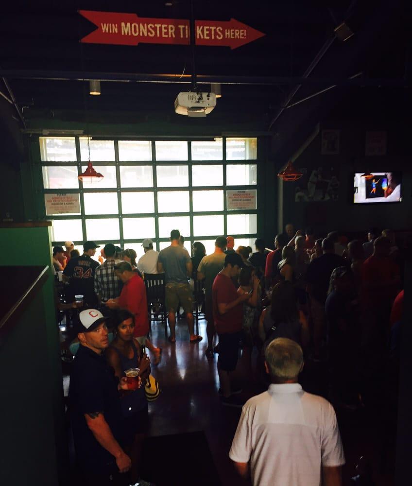 Bleacher Bar 192 Photos Amp 338 Reviews Sports Bars 82