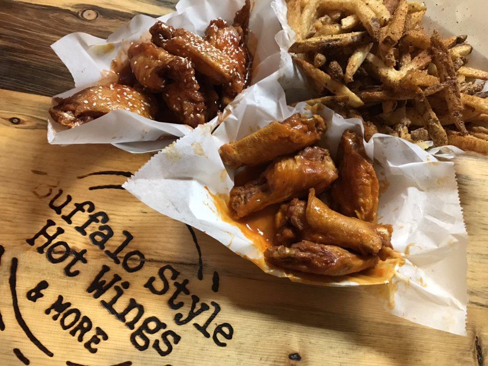 Golden Flame Hot Wings: 16524 Keystone Blvd, Parker, CO