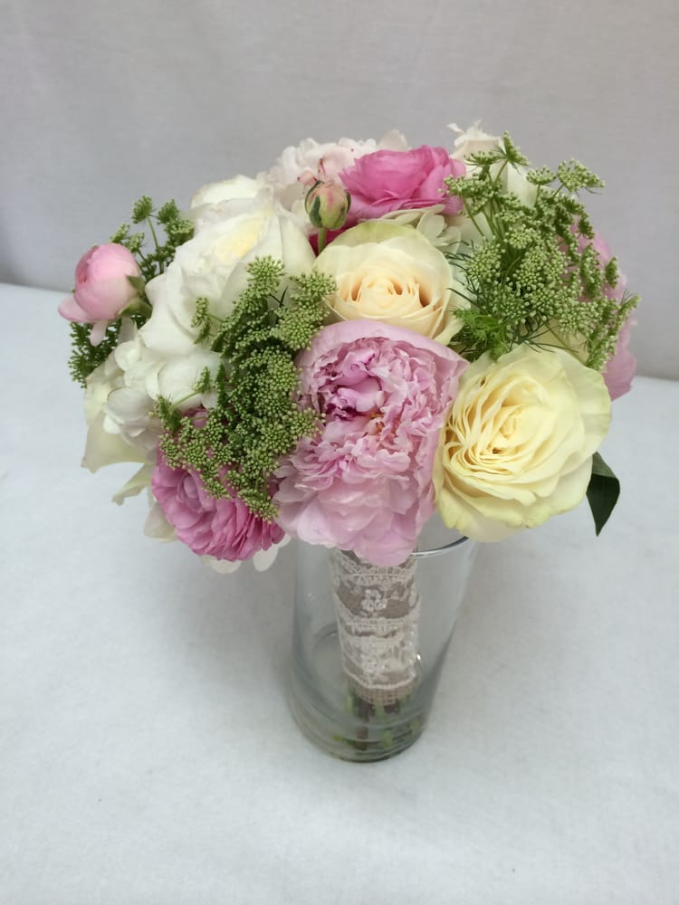 Photo Of University Flowers Gifts