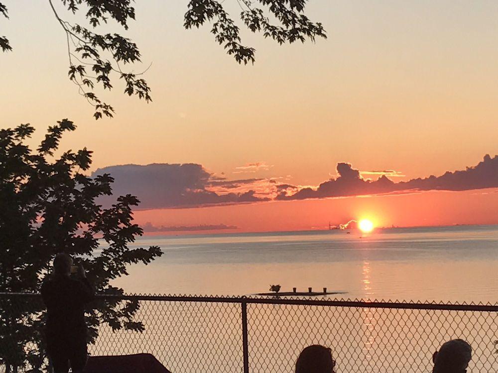 Krull Park: 6108 Lake Rd, Olcott, NY