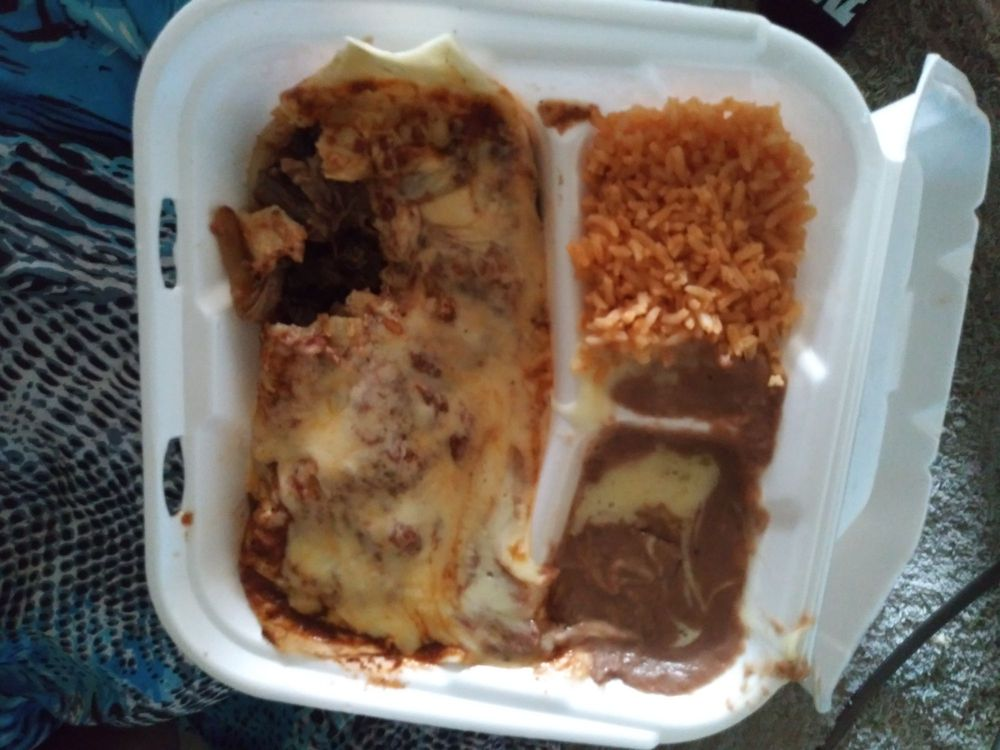 San Miguel's Mexican Restaurant: 702 Harrison St, Rayville, LA