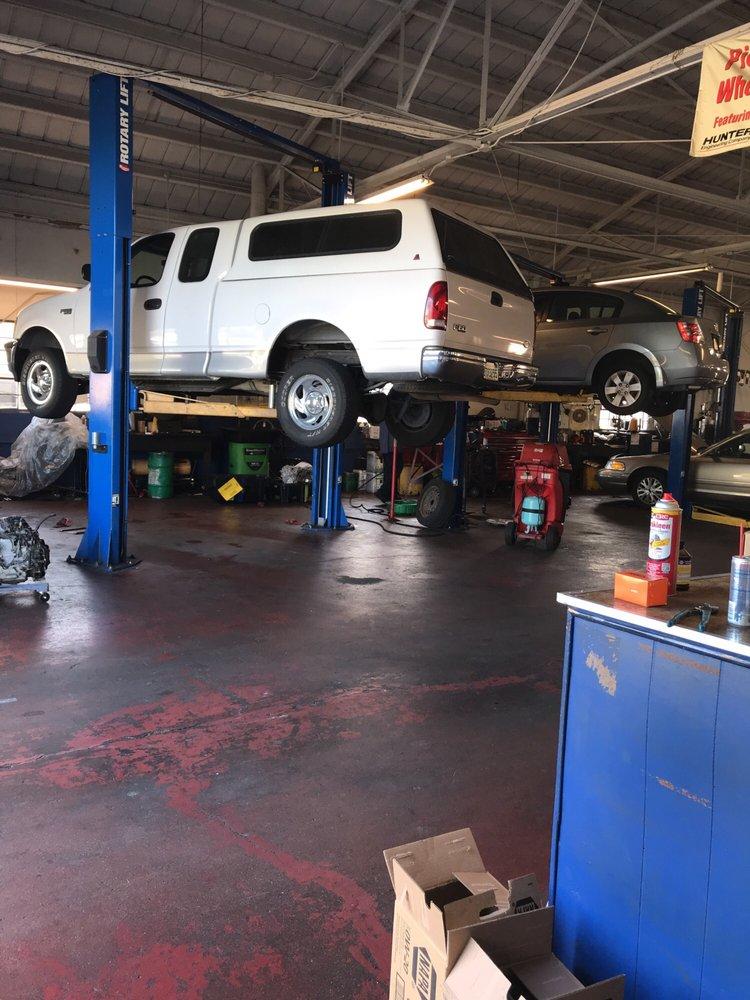 Vallejo Broadway Auto Repair: 850 Broadway St, Vallejo, CA