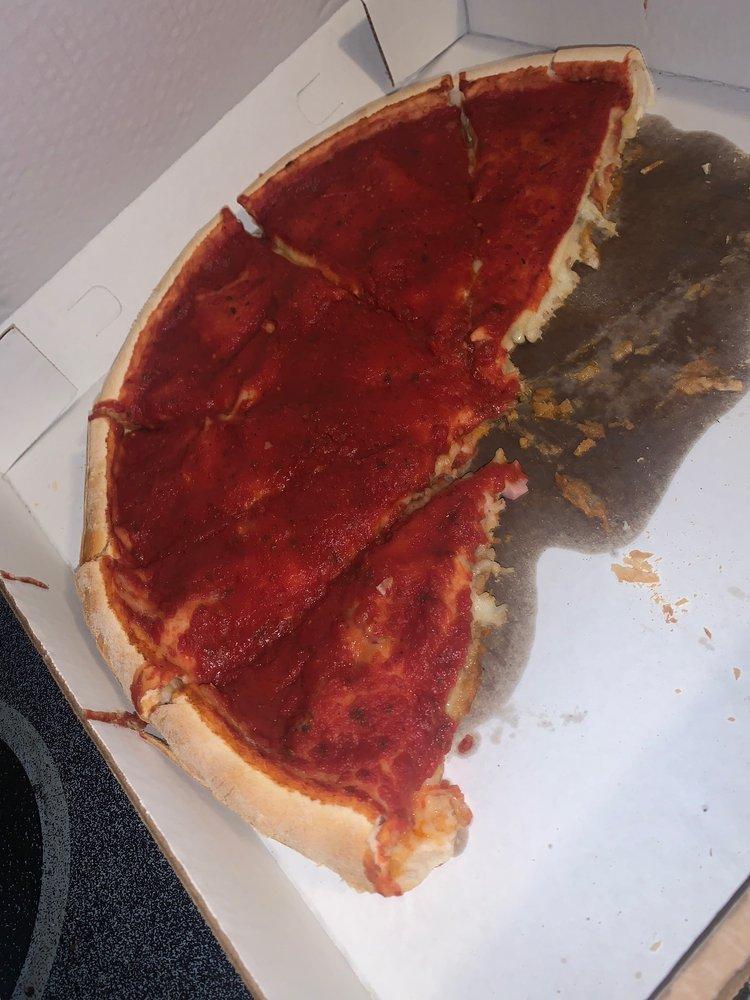 Gianni's Pizza: 102 W Washington St, Pittsfield, IL