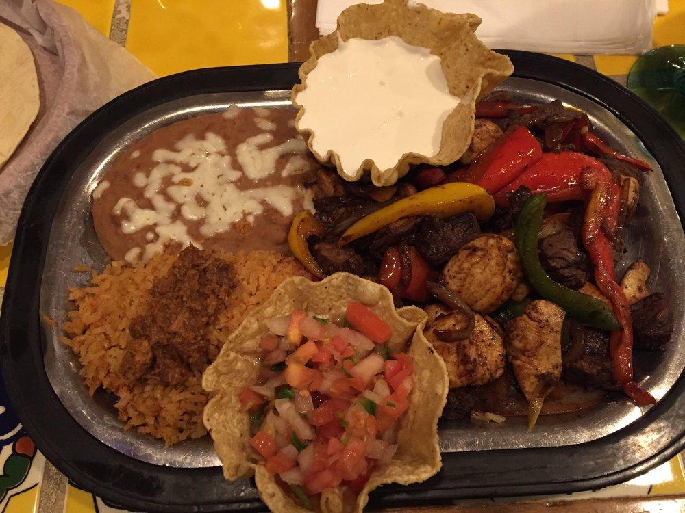Ruiz Mexican Restaurant & Cantina