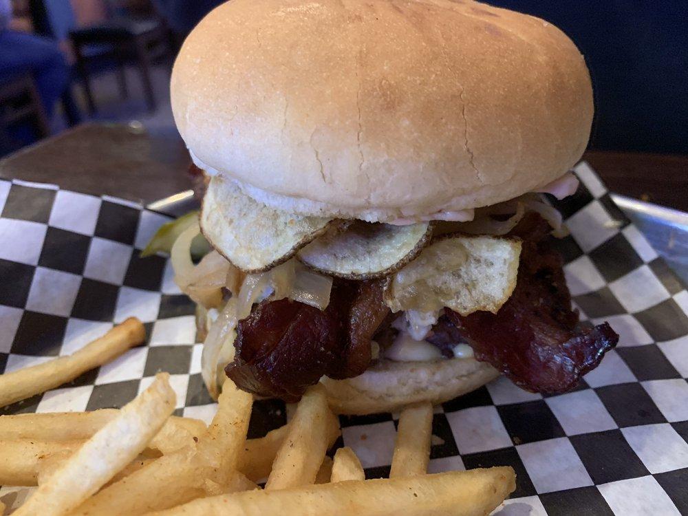 Sickies Garage Burgers & Brews: 3431 Fiechtner Dr S, Fargo, ND