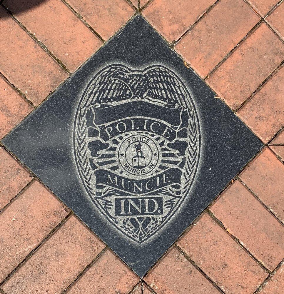 Muncie Policeman's Park: 111 E North St, Muncie, IN