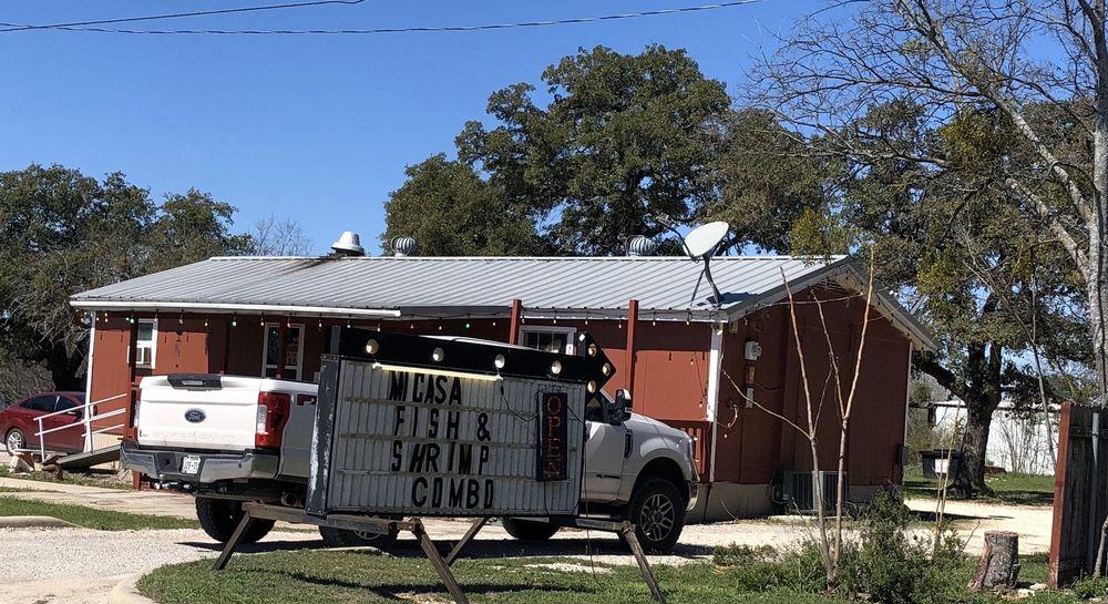 Mi Casa Mexican Restaurant: 118 W Elm St, Lometa, TX