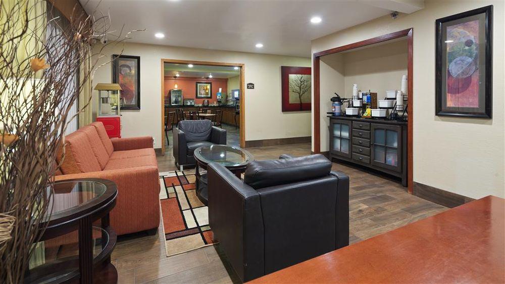 Best Western Plus Altoona Inn: 300 34th Ave NW, Altoona, IA
