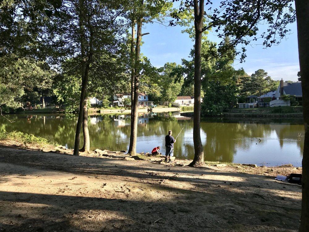 Pembroke Meadows Lake Park