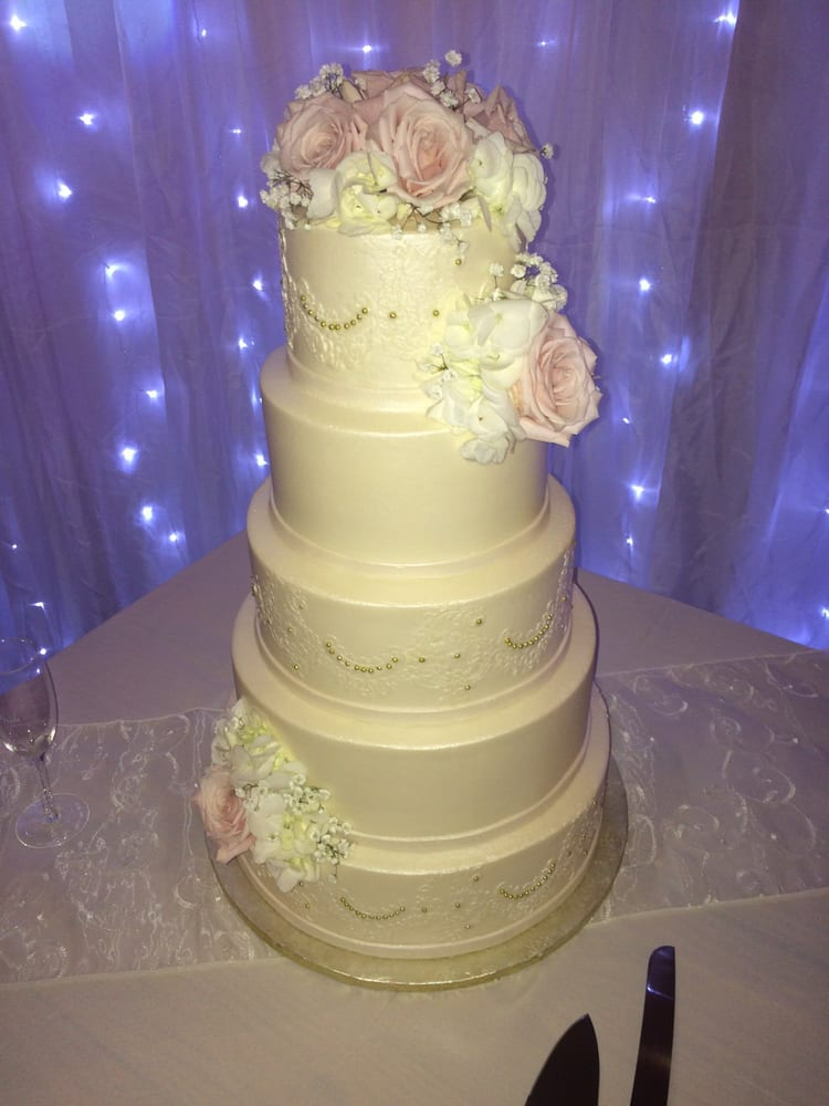 Classic Cakes By Lori - 91 Photos & 84 Reviews - Bakeries - 2400 W ...