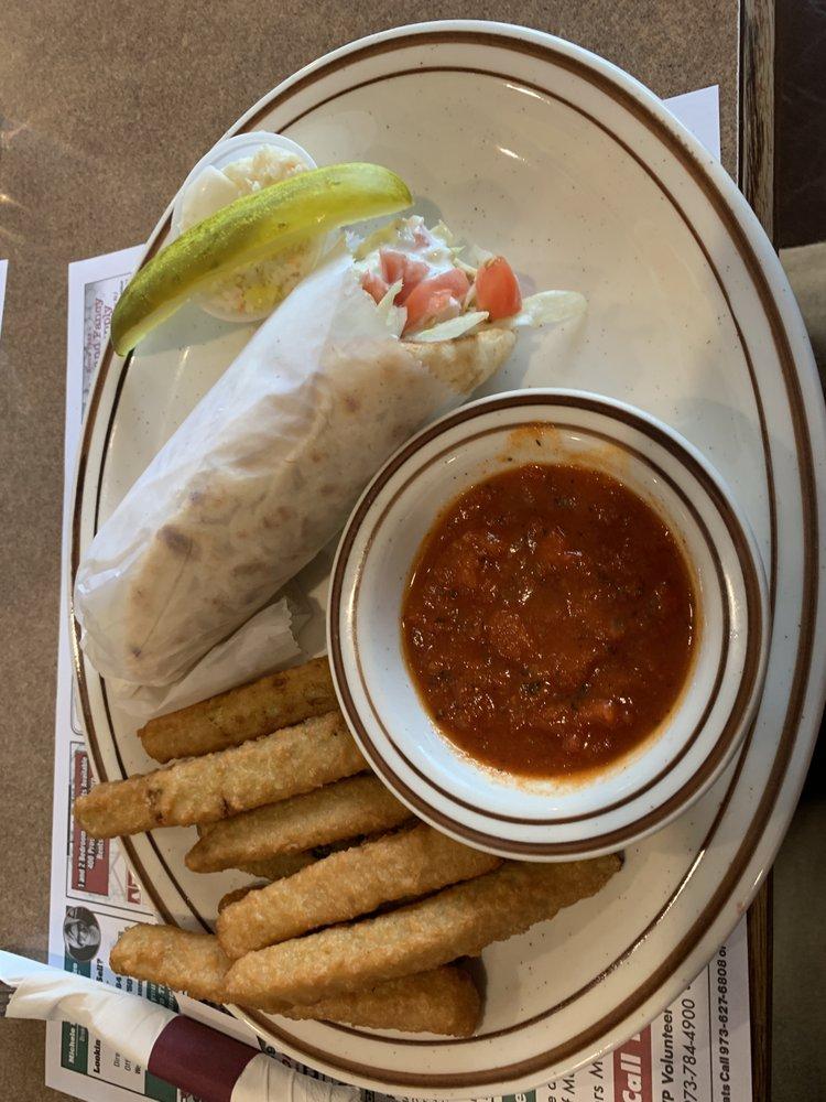 Belvidere Diner: 475 US Highway 46, Belvidere, NJ