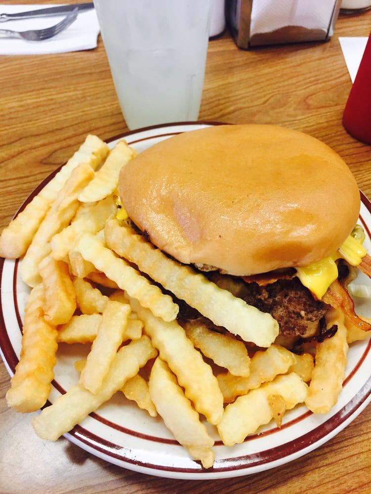 Burgess Grill: 617 SW C Ave, Lawton, OK