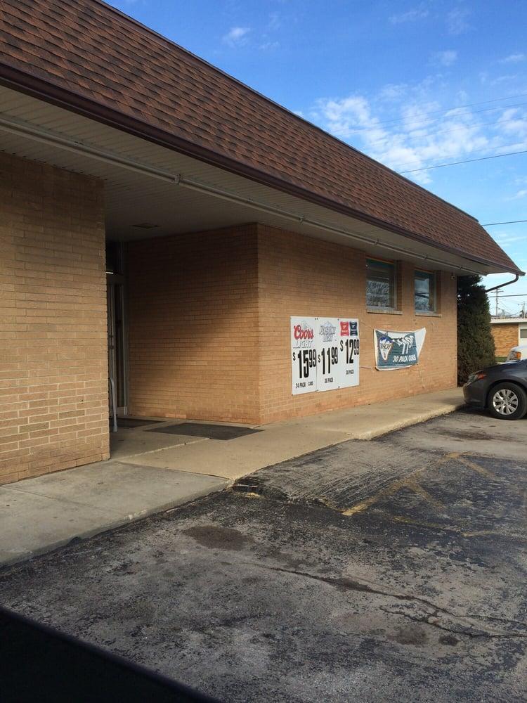 Jensen's Food: 160 E 4th Ave, Clifton, IL