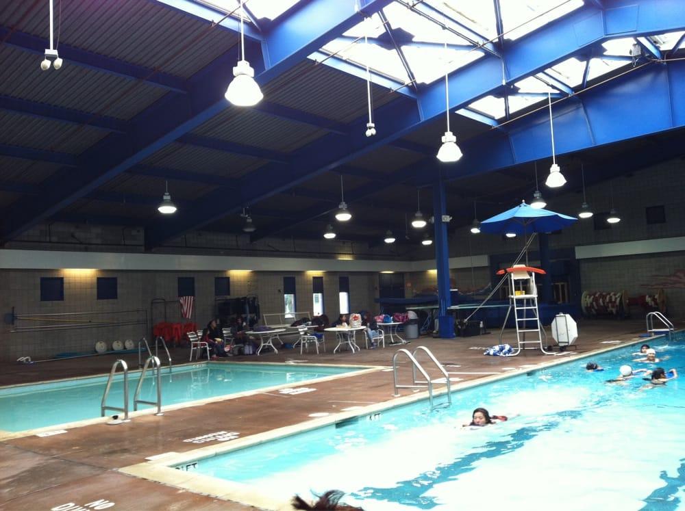 King Park Swimming Pool 16 Reviews Swimming Lessons Schools 1910 Lemon Long Beach Ca