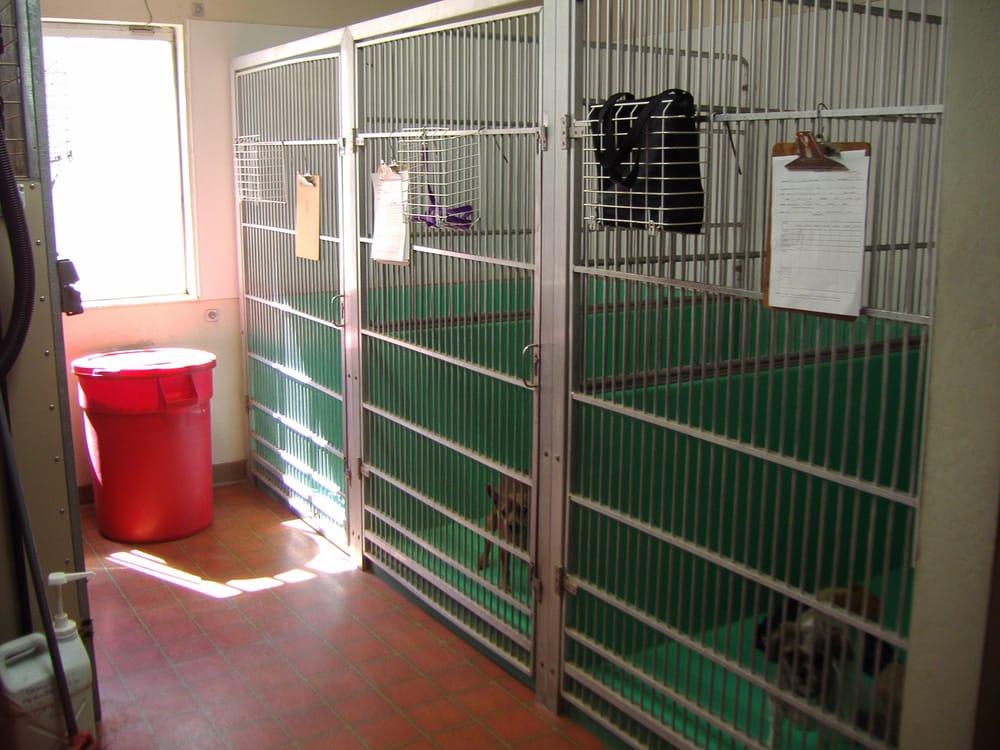 Animal Hospital of Cloverdale: 20 Industrial Dr, Cloverdale, CA