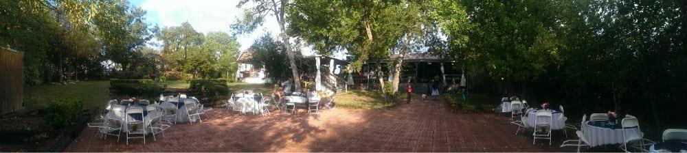 Heritage Gardens: 205 W 3rd St, Bonham, TX