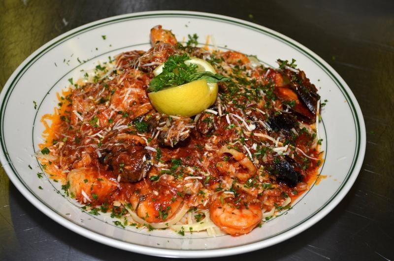 Joe s italian kitchen closed 33 photos 13 reviews for Joes italian kitchen