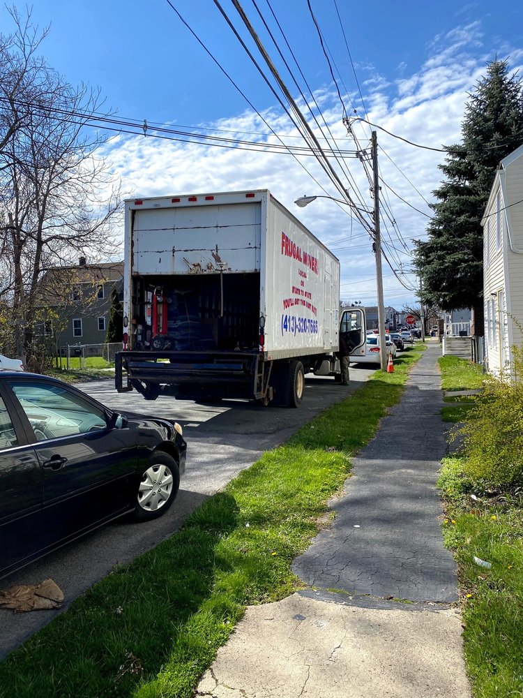 Frugal Movers: 199 Deerfield St, Greenfield, MA