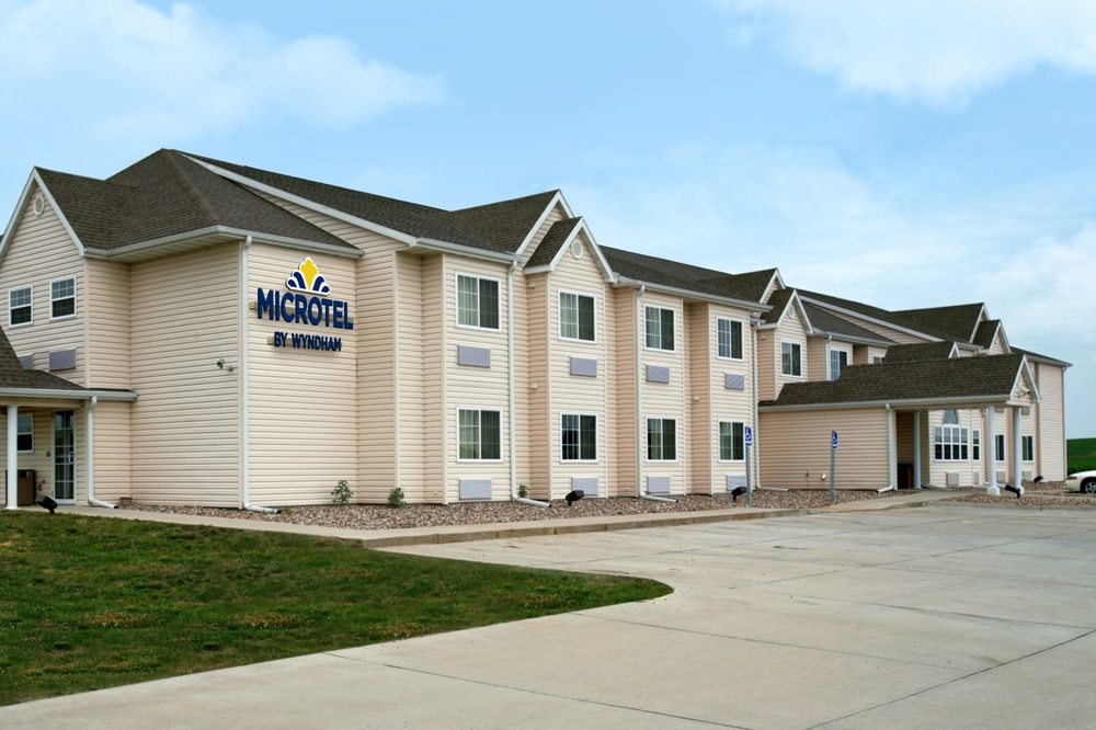 Microtel Inn & Suites by Wyndham Colfax/Newton: 11000 Federal Avenue, Colfax, IA