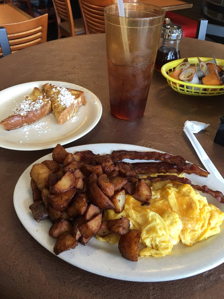 Breakfast Restaurants Near Lake Nona