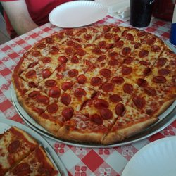 Photo Of Buckeye Barn Springfield Oh United States Pepperoni Pizza