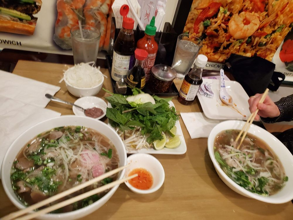 PhoValley Vietnamese Cuisine: 7538 149th St W, Apple Valley, MN