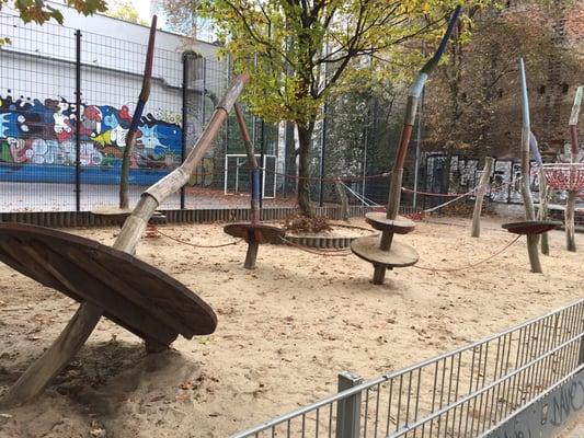 spielplatz playgrounds mittenwalder str 54 55 kreuzberg berlin germany yelp. Black Bedroom Furniture Sets. Home Design Ideas
