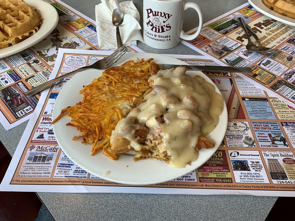 Punxy Phil's Family Restaurant: 116 Indiana St, Punxsutawney, PA