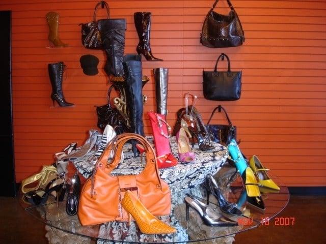 Solemate Shoe Boutique: 2714 Hwy 155, Locust Grove, GA
